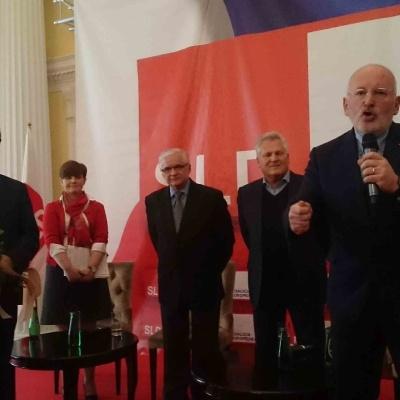 """Debata """"Timmermans-Cimoszewicz-Kwaśniewski"""""""